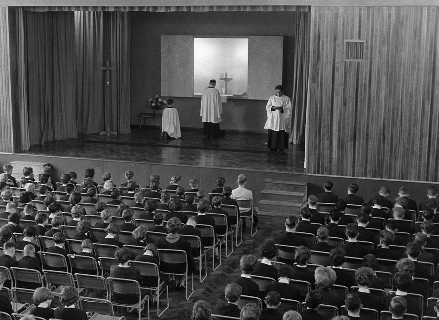 First Holy Communion in the New Hall 1961